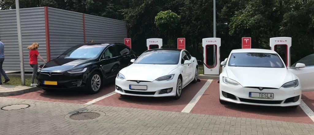 Tesla supercharger in Polen
